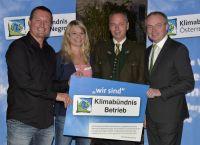 Weiterlesen: Naturpark Buchenberg und SchuleWald - gleich doppelt als Klimabündnisbetriebe ausgezeichnet!